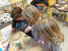 strategic HR inc.'s Patti Dunham volunteering in an elementary classroom