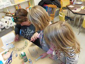 strategic HR inc.'s Patti Dunham volunteering in an elementary classroom